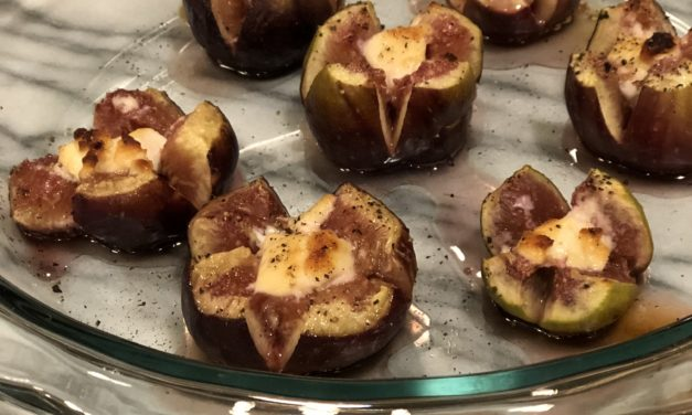 Baked Figs Stuffed with Goat cheese